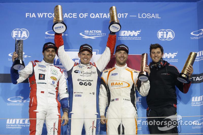 Podium: Race winner Tom Chilton, Sébastien Loeb Racing, Citroën C-Elysée WTCC, second place Mehdi Bennani, Sébastien Loeb Racing, Citroën C-Elysée WTCC, third place Kevin Gleason, RC Motorsport, Lada Vesta