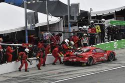 #62 Risi Competizione Ferrari 488 GTE, GTLM: Alessandro Pier Guidi, Toni Vilander, James Calado, Davide Rigon pit atop