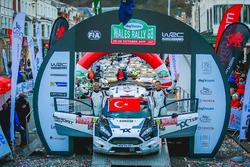 Bitiş çizgisi: Orhan Avcıoğlu, Burçin Korkmaz, Toksport WRT, Ford Fiesta R5