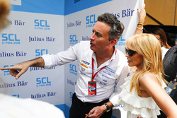 Alejandro Agag, Formula E CEO, ve Kylie Minogue
