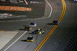 Crash: Jimmie Johnson, Hendrick Motorsports Chevrolet Camaro