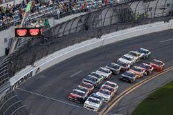 Ryan Reed, Roush Fenway Racing, Drive Down A1C Lilly Diabetes Ford Mustang, Tyler Reddick, JR Motorsports, BurgerFi Chevrolet Camaro, restart