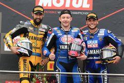 Podium: ganador, Lucas Mahias, GRT Yamaha Official WorldSSP Team, segundo, Randy Krummenacher, BARDA