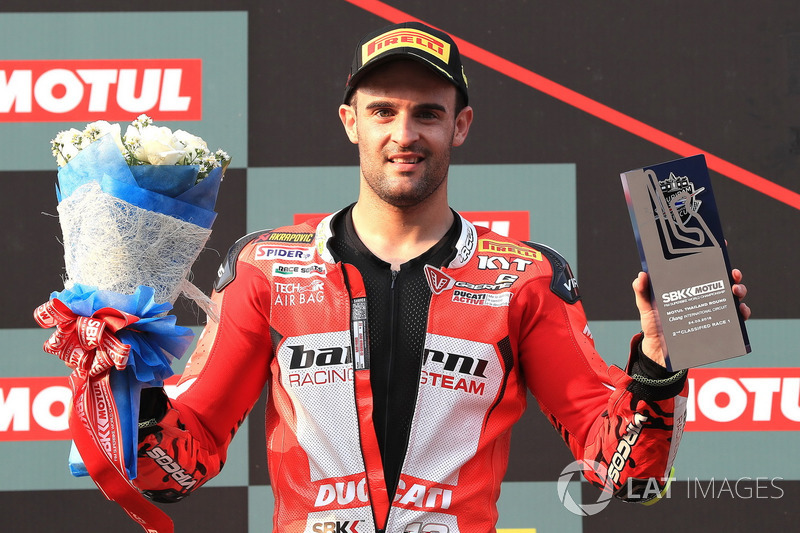 Podium: Xavi Fores, Barni Racing Team