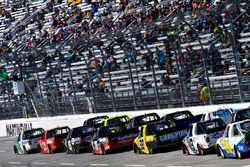 Ben Rhodes, ThorSport Racing, Ford F-150 and Johnny Sauter, GMS Racing, Chevrolet Silverado Allegian