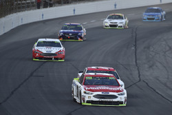 Ryan Blaney, Wood Brothers Racing Ford, Erik Jones, Furniture Row Racing Toyota, Brad Keselowski, Te