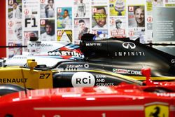 F1 Racing Magazine stand