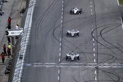 Josef Newgarden, Team Penske Chevrolet, Will Power, Team Penske Chevrolet, Simon Pagenaud, Team Pens