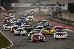 Start action Trofeo Pirelli
