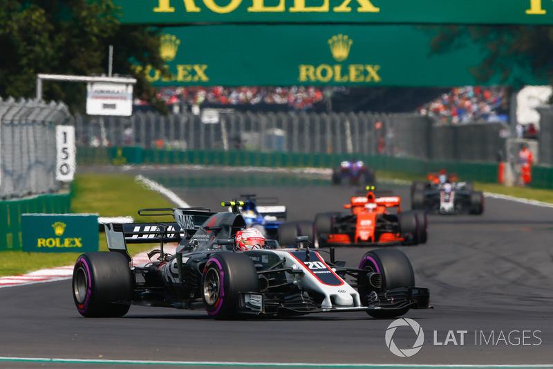Kevin Magnussen, Haas F1 Team VF-17, Marcus Ericsson, Sauber C36, Stoffel Vandoorne, McLaren MCL32