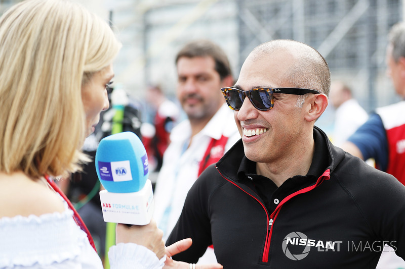 Michael Carcamo, Nissan Motorsport, diwawancarai Nicki Shields