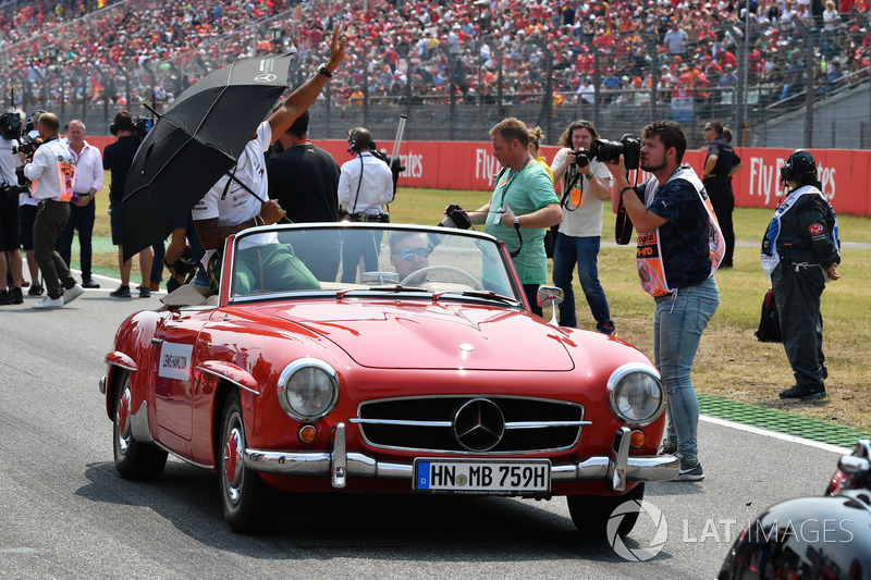 Lewis Hamilton, Mercedes-AMG F1, at drivers parade