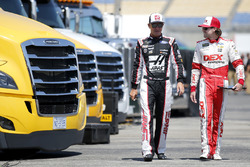 Ryan Blaney, Team Penske, Ford Fusion DEX Imaging Clint Bowyer, Stewart-Haas Racing, Chevrolet Camaro Haas 30 Years of the VF1