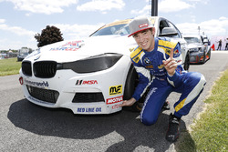 Il vincitore del Motul Pole award #81 BimmerWorld Racing, BMW 328i, ST: Devin Jones