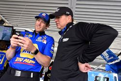 Chase Elliott, Hendrick Motorsports, Chevrolet Camaro NAPA Auto Parts and Jeff Andrews