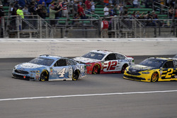 Kevin Harvick, Stewart-Haas Racing, Ford Fusion Busch Light, Ryan Blaney, Team Penske, Ford Fusion REV Group, e Brad Keselowski, Team Penske, Ford Fusion Alliance Truck Parts
