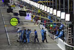 Kevin Harvick, Stewart-Haas Racing, Ford Fusion Busch Light team celebrates