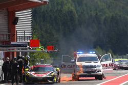 #5 Tolman Motorsport McLaren 570S GT4: Jordan Albert, Lewis Proctor on fire