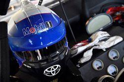 Christian Eckes, Kyle Busch Motorsports, Toyota Tundra Mobil 1 helmet