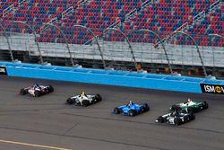 Ed Jones, Chip Ganassi Racing Honda, Graham Rahal, Rahal Letterman Lanigan Racing Honda