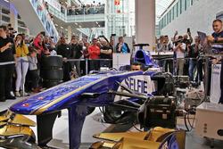 Il Sauber F1 Team al salone Auto Zürich il primo novembre, Pascal Wehrlein