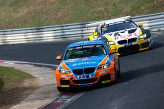 #651 BMW M240i Racing Cup: Heinz Jürgen Kroner, Joachim Schulz, Marcel Lenerz