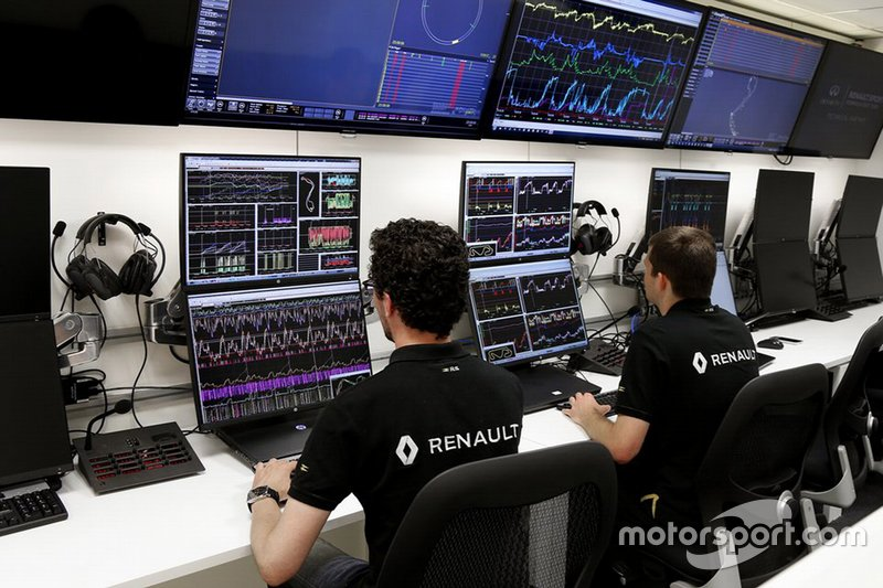 Werksbesuch bei Renault