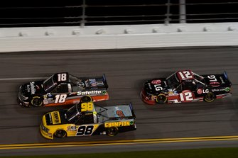 Harrison Burton, Kyle Busch Motorsports, Toyota Tundra Safelite AutoGlass, Grant Enfinger, ThorSport Racing, Ford F-150, Gus Dean, Young's Motorsports, Chevrolet Silverado LG Air Conditioning Technologies