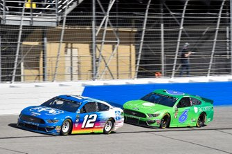 Ryan Blaney, Team Penske, Ford Mustang and Ryan Newman, Roush Fenway Racing, Ford Mustang Acorns
