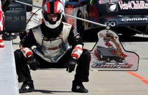 Austin Cindric, Team Penske, Ford Mustang America's Tire / Discount Tire crew