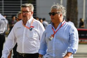 Ross Brawn, Managing Director of Motorsports, FOM, with Paolo Campinoti