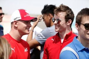 Mick Schumacher, PREMA RACING and Callum Ilott, SAUBER JUNIOR TEAM BY CHAROUZ