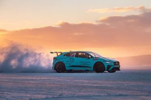Nelson Piquet Jr., Jaguar Racing, Jaguar I-PACE eTROPHY