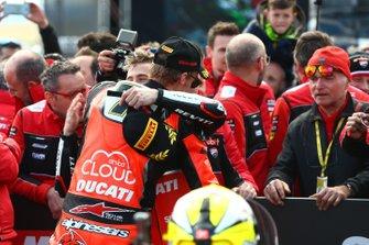 Alvaro Bautista, Aruba.it Racing-Ducati Team, Chaz Davies, Aruba.it Racing-Ducati Team, Fallapa looking on