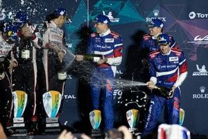 Podio: #11 SMP Racing BR Engineering BR1: Mikhail Aleshin, Vitaly Petrov, Brandon Hartley