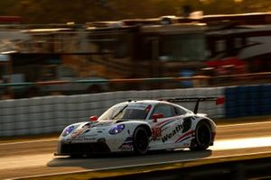 #79 WeatherTech Racing Porsche 911 RSR - 19, GTLM: Mathieu Jaminet, Matt Campbell, Cooper MacNeil