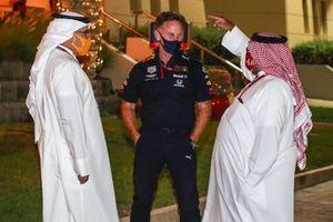 Crown Prince Salman bin Hamad bin Isa Al Khalifa avec Christian Horner, Team Principal, Red Bull Racing, et Sheikh Abdullah bin Hamad bin Isa Al Khalifa