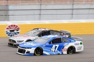 Ricky Stenhouse Jr., JTG Daugherty Racing, Chevrolet Camaro Kroger, Cole Custer, Stewart-Haas Racing, Ford Mustang HaasTooling.com