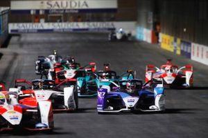 Jake Dennis, BMW I Andretti Motorsport, BMW iFE.21, Pascal Wehrlein, Tag Heuer Porsche, Porsche 99X Electric