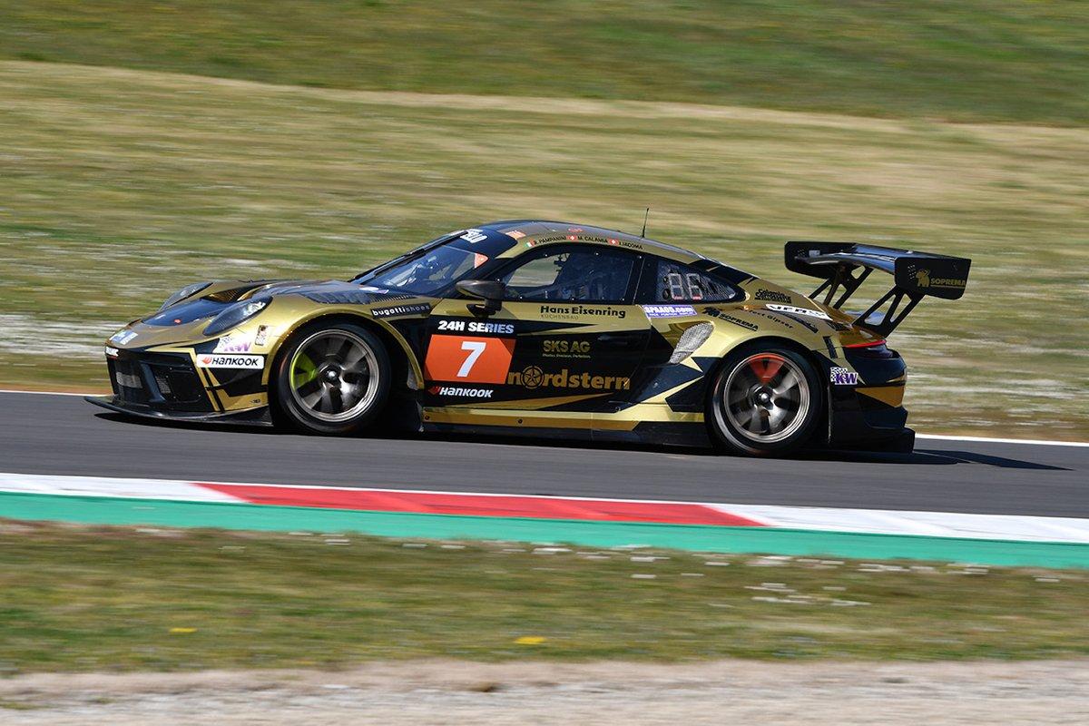 #7 Dinamic Motorsport: Roberto Pampanini, Mauro Calamia, Ivan Jacoma, Porsche 911 GT3 R