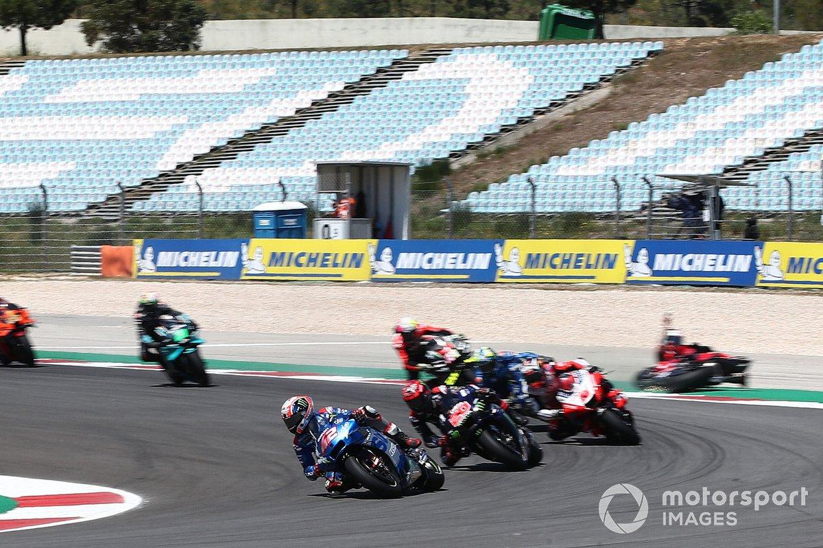Alex Rins, Team Suzuki MotoGP líder, Jack Miller, Ducati Team cae