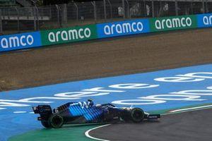 Nicholas Latifi, Williams FW43B, spins on the opening lap