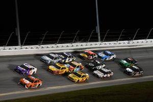 Bubba Wallace, 23XI Racing, Toyota Camry, Denny Hamlin, Joe Gibbs Racing, Toyota Camry