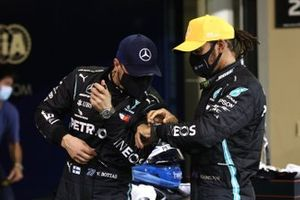 Valtteri Bottas, Mercedes-AMG F1, and Lewis Hamilton, Mercedes-AMG F1