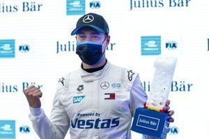 Pole Sitter Stoffel Vandoorne, Mercedes-Benz EQ, EQ Silver Arrow 02 celebrates with the trophy in Parc Ferme
