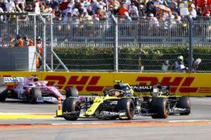 Esteban Ocon, Renault F1 Team R.S.20, Daniel Ricciardo, Renault F1 Team R.S.20, and Sergio Perez, Racing Point RP20