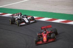 Sebastian Vettel, Ferrari SF1000, Romain Grosjean, Haas VF-20