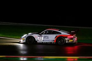 #40 GPX Racing Porsche 911 GT3-R: Romain Dumas, Louis Deletraz, Thomas Preining