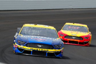 Matt Tifft, Front Row Motorsports, Ford Mustang Southeastern Equipment & Supply / Meijer and Joey Logano, Team Penske, Ford Mustang Shell Pennzoil