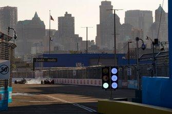 Robin Frijns, Envision Virgin Racing, Audi e-tron FE05 Pascal Wehrlein, Mahindra Racing, M5 Electro